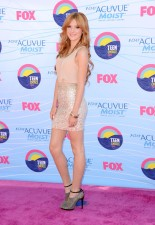 Bella+Thorne+Teen+Choice+Awards+2012+Arrivals+oJYU_mG_ppEl
