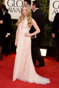 amanda_seyfried_2013_golden_globes_red_carpet_sexy_lace_pink_dress_18f6oib-18f6oie